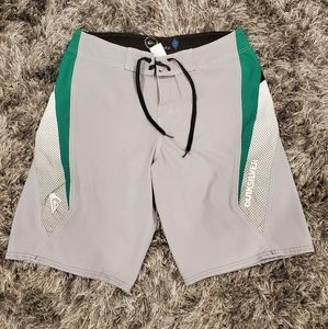EUC Men's Cypher Quicksilver Boardshorts size 32